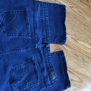 Levi's Woman's 512 Perfectly Shaping Boot Cut 20M